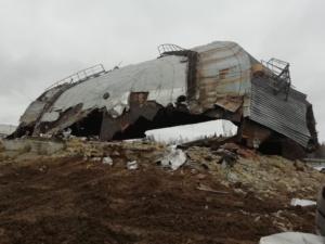 Демонтаж крыши резервуара